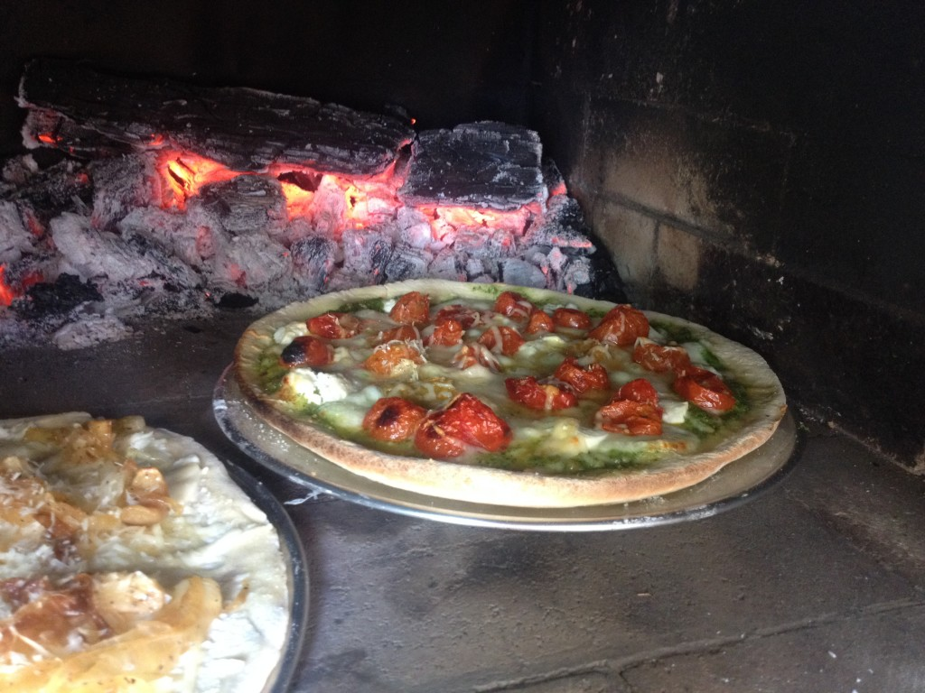 Pizza Oven with Four Cheese Pizza and Pesto Pizza with Roasted Tomatoes and Caramelized Onions 2